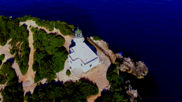 The lightouse of Lefkas in an amazing aerial video
