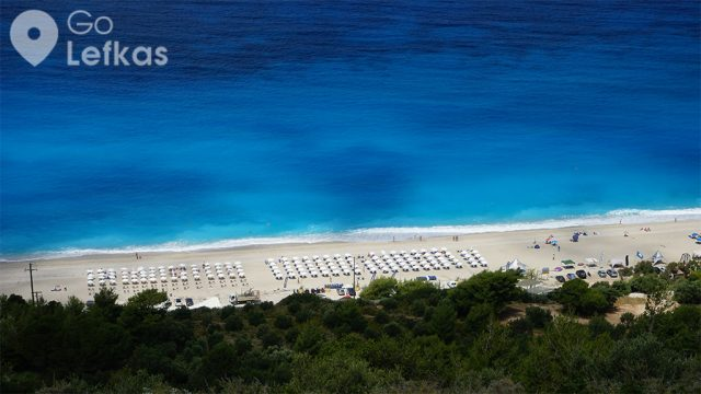 """Kathisma and Peukoulia among the 17 stunning blue flag beaches that """"Greece is.com"""" prefers"""